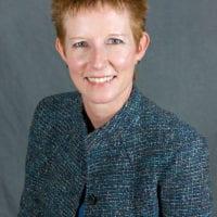 Sandra Scanlon headshot
