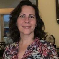 Aline Gesualdi Manhaes headshot